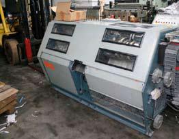 Denne flotte symaskinen på trykkeriet øker kapasiteten betraktelig.